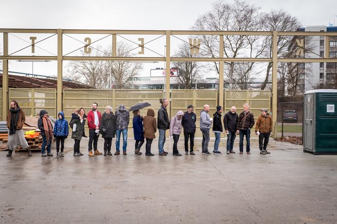 Bij de Stadscamping zijn ze klaar voor een crowdfundingsactie voor de 'sanitair-wagon'.