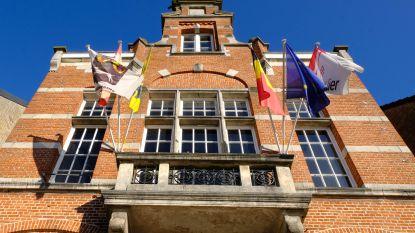 Oud gemeentehuis Koningshooikt gaat dikke week dicht voor kleine opknapbeurt