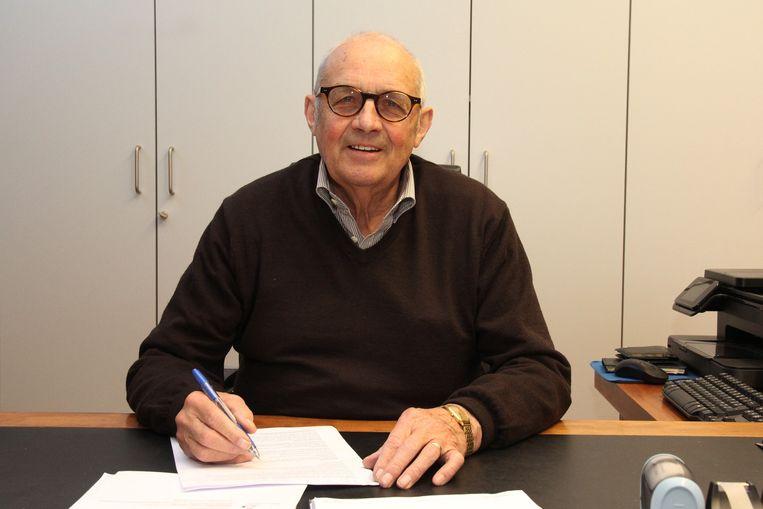 Dirk Cardoen in zijn kantoor, waar hij de deur in januari voorgoed achter zich dichttrekt.