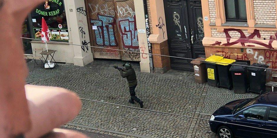 Image de l'auteur présumé de la fusillade à Halle, en Allemagne.