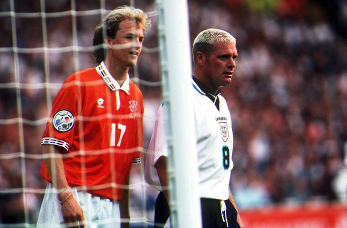 Jordi Cruijff en Paul Gascoigne op Wembley tijdens het EK 1996.