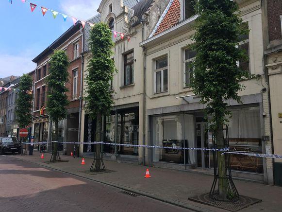 LIER - De plaats van de feiten werd afgesloten door de politie.