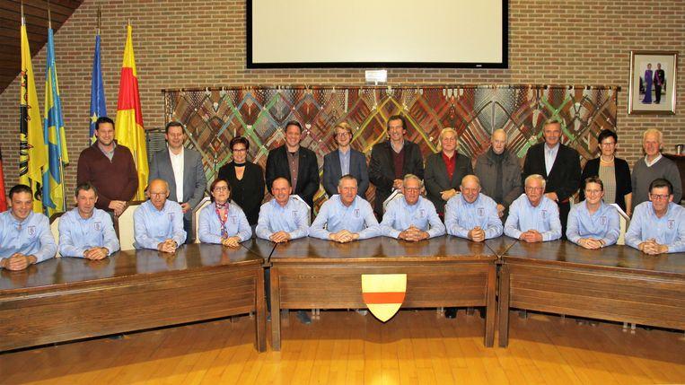 Het bestuur van Sint-Elooi Sint-Jan werd ontvangen voor hun 90ste verjaardag.