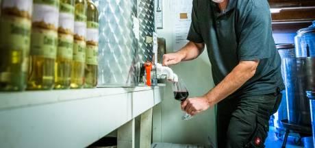 Wilco hield helemaal niet zo van wijn, maar maakt nu wel 10.000 flessen per jaar in zijn eigen wijngaard