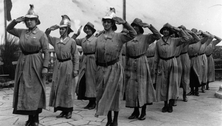 1916: een brandweerbrigade van louter vrouwen in Engeland Beeld Getty Images