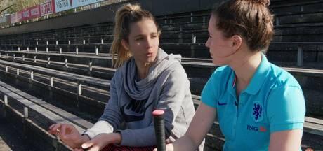 Merel gaat vreemd: Voetbalster krijgt EK-tips van hockeytopper