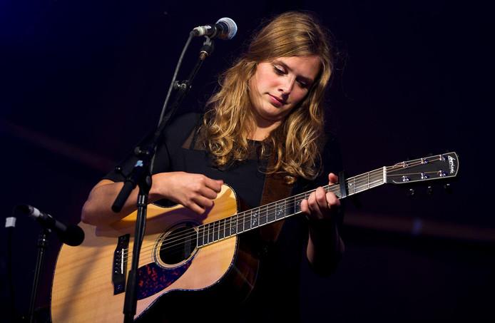 Singer-songwriter Maaike Ouboter.