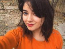 Man valt Bollywood-actrice (17) lastig in vliegtuig