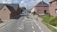 Werken aan drinkwaterleiding in Kokerijstraat in Meldert