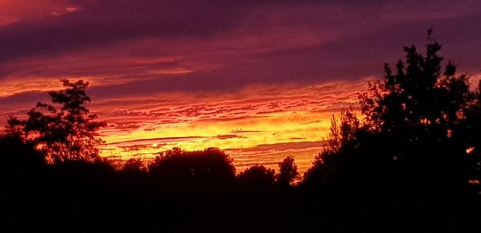 Zonsondergang in Oene.