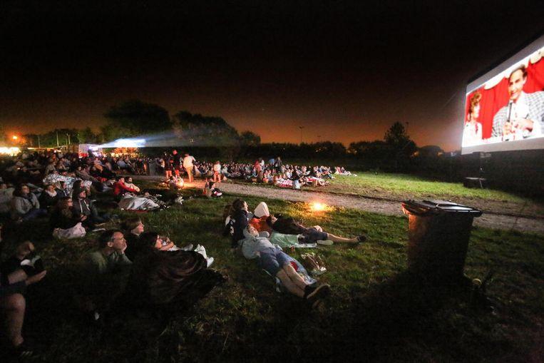 Tijdens de opening van het park werd de film Grease vertoond.