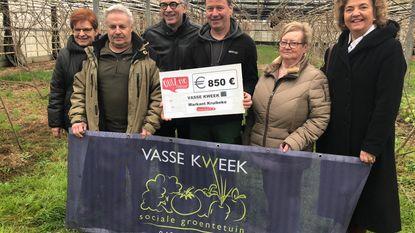 Markant schenkt cheque aan Vasse Kweek