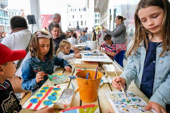 Vlaamse Feestdag in Brussel: Knutselhoek op het Muntplein