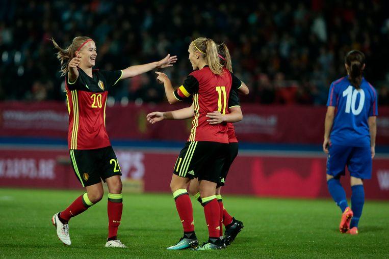 De nationale vrouwenploeg boekte haar grootste zege ooit, 12-0 tegen Moldavië.