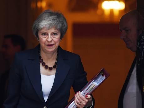 May heeft steun kabinet voor brexit-deal