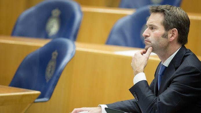 CDA-Kamerlid Michiel Rog tijdens een debat in de Tweede Kamer over het leenstelsel.