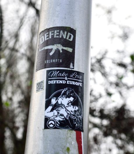Opnieuw extremistische leuzen aan de muur in Gouda: 'Groeperingen zijn uit op aandacht'