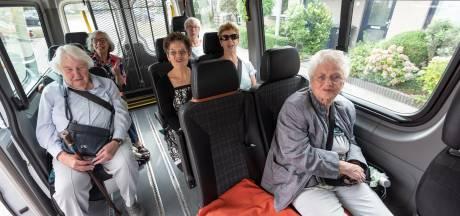 Op pad met de Plusbus033: 'Het feest begint al als we instappen'