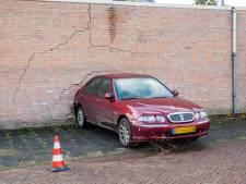 Bejaarde automobiliste knalt tegen garagemuur in Oisterwijk