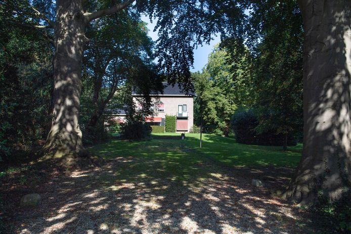 Op deze plek aan de Wierdense dorpsrand moet de nieuwbouw van zorginstelling Aveleijn komen.