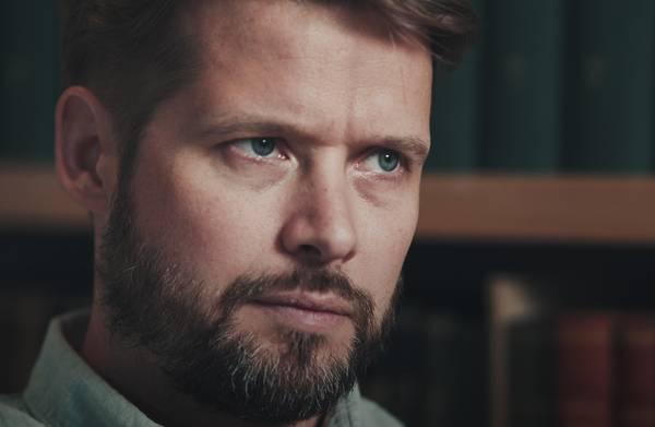 Neurochirurg Pieter van Eijsden: 'Niet behandelen kan soms de beste optie zijn'