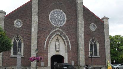 """Gemeente houdt alle acht de kerken open: """"Sint-Bavokekerk Mere wordt hoofdkerk"""""""