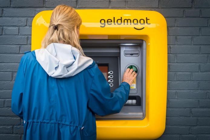 De nieuwe pinautomaat in Soest.