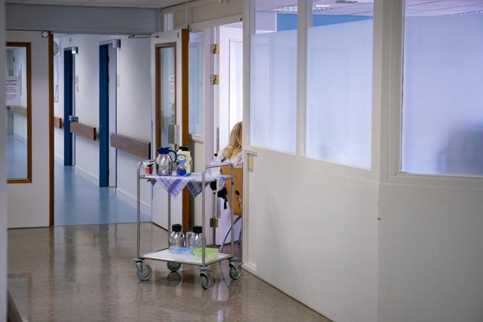 Een van de laatste (emotionele) bijeenkomsten van het personeel op de operatie-afdeling Lelystad.