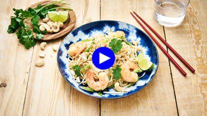 In no-time een Aziatische smaakbom op tafel: Pad Thai met scampi's in 30 minuten
