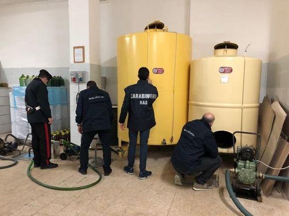 De fabriek waar de bende de dure olijfolie namaakte.