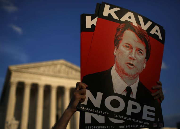 Protest bij het Hooggerechtshof tegen de benoeming van Brett Kavanaugh.  Beeld Getty Images