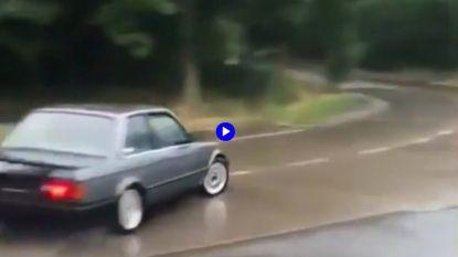 Na Porsche driften ook BMW's rond rotonde