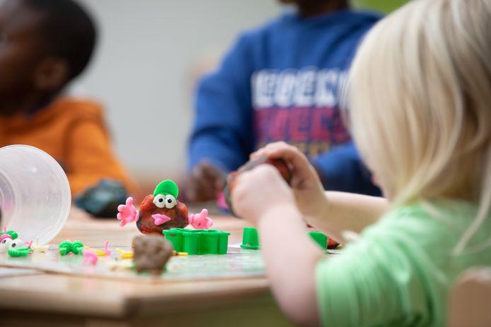 (Themabeeld) - De Stad Bilzen is op zoek naar mensen die een kinderopvang in Bilzen willen organiseren.