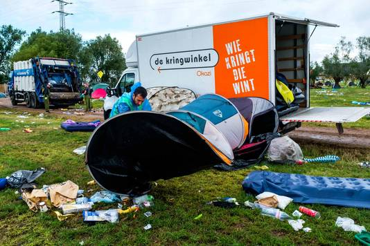 On replie au camping, après Tomorrowland, en 2017