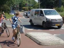 Zwolle verbaasd: nooit ongevallen op onveilige fietsrotonde