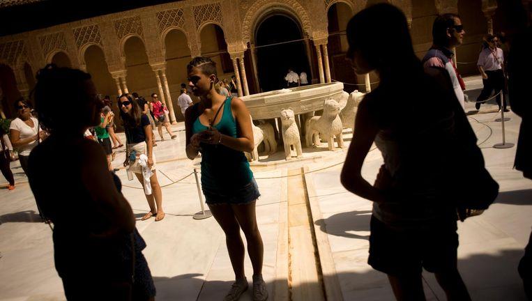 Alhambra. Het Moorse, middeleeuws paleis Alhambra in Granada. Radicaal-islamitische militanten zeggen te streven naar herstel van het middeleeuwse kalifaat. Beeld AFP/Getty Images