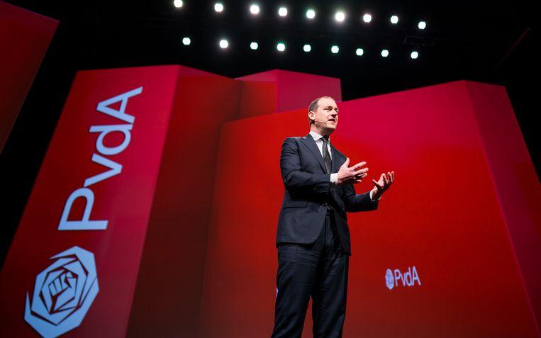 Politiek leider Lodewijk Asscher houdt een toespraak tijdens het jaarlijkse partijcongres van de PvdA. Beeld Freek van den Bergh / de Volkskrant