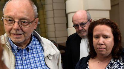 """Voormalig gezin getuigt op proces Van Eyken: """"Er hing altijd spanning in huis. Van fysiek geweld was wel niet echt sprake, hoewel hij mij wel eens probeerde te stikken met enkele kussens"""""""