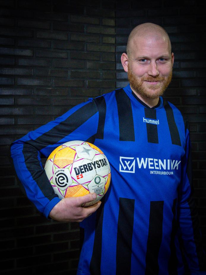 Mark Fennebeumer is na een toernee van twaalf jaar terug bij Orderbos, de club waar alles is begonnen voor de spits.
