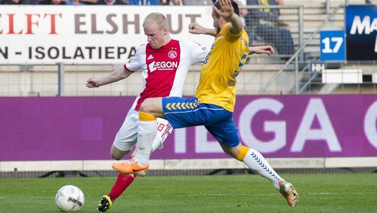Veltman scoort de 0-2 tegen RKC. Beeld anp