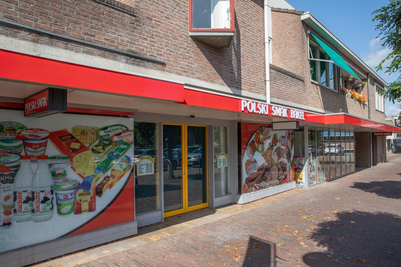 De nieuwe Poolse winkel in Bakel. Een openingsdatum is nog niet bekend.