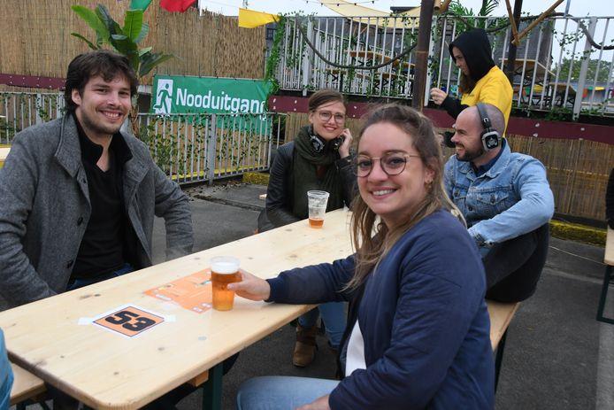 """Bezoeker Sophie Coolen (29): """"Dit is méér dan alleen een drinkgelegenheid."""""""