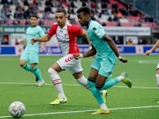 Willem II met man meer niet voorbij FC Emmen