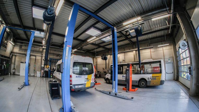 De nieuwe stelplaats biedt plaats aan 18 standaardbussen, 4 gelede bussen en 17 belbussen. Het is de werkplek voor 46 chauffeurs, 1 bediende en 2 technici.