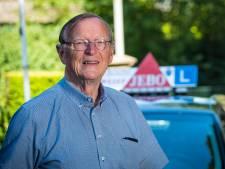 Rijinstructeur Rudolf (73) uit Wezep houdt het na 55 jaar lessen voor gezien: 'Het is echt een prachtig vak'