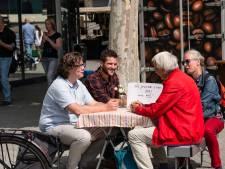 Hebben Gijs en Merijn de oplossing voor individualisme? 'De saamhorigheid mist in Hengelo'