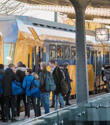Ellende op traject Zwolle-Amersfoort: 'Treinen lijken van de stort te komen'