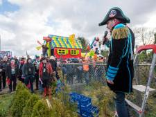 Bouwlocatie voor Veldhovense wagenbouwers ingezegend