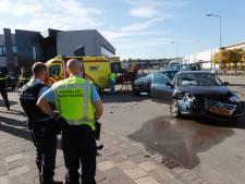 Drie gewonden na aanrijding op bedrijventerrein Flightforum in Eindhoven