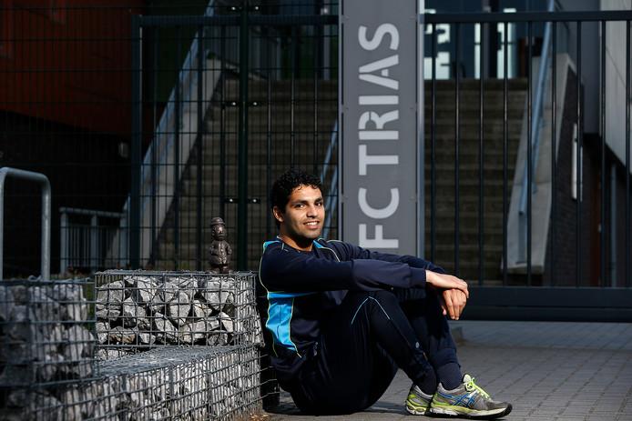 De nieuwe FC Trias-trainer Yassin Ouardighi.